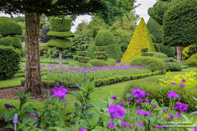 LevensHall_Garden__topiary_wonderland_PaulAtherton