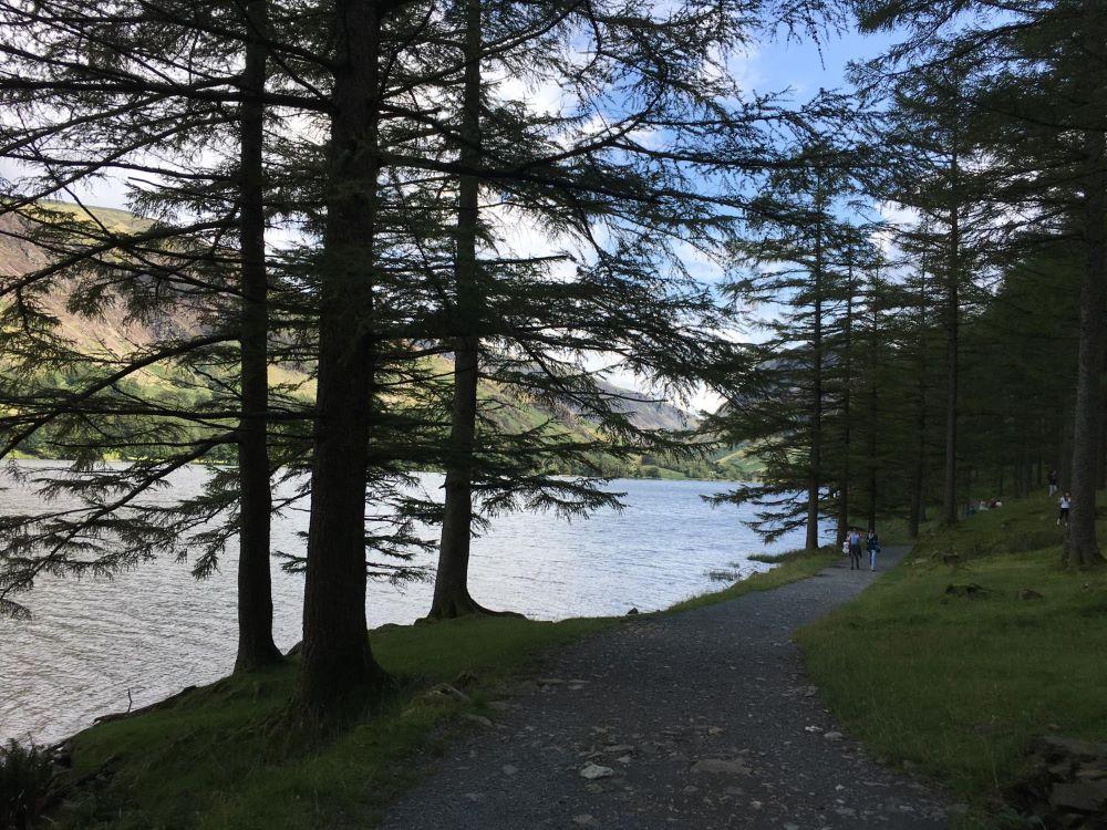 アルプスの風景を思い出すバタミアー湖